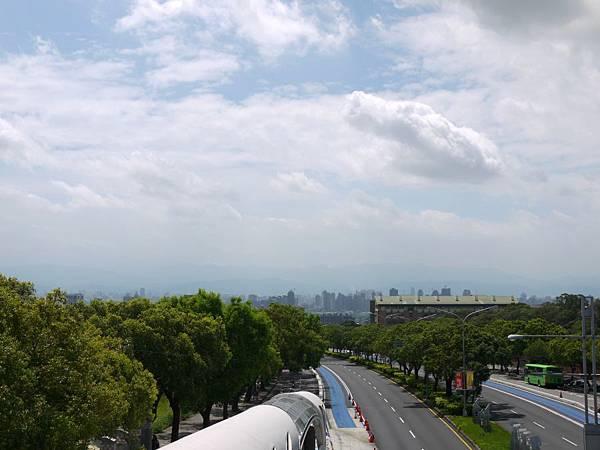 台12線&BRT (140).JPG