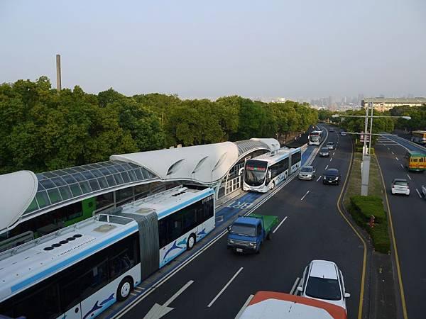 台12線&BRT (150).JPG
