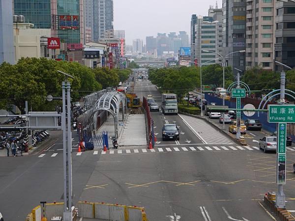 台12線&BRT (184).JPG