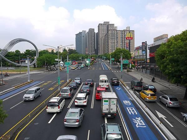 台12線&BRT (190).JPG