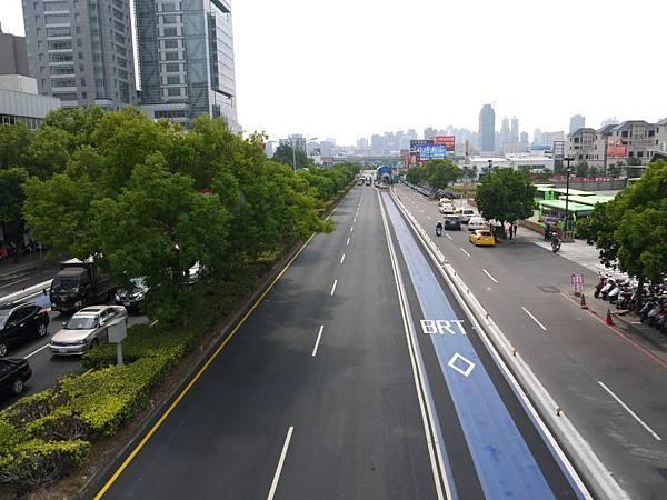 台12線&BRT (205).JPG