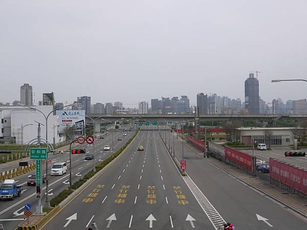 台12線&BRT (207).JPG