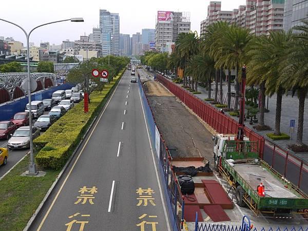台12線&BRT (210).JPG