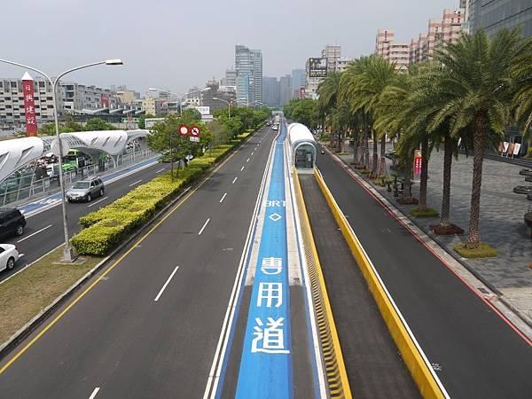 台12線&BRT (215).JPG
