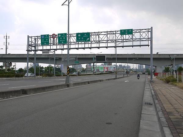 台12線&BRT (216).JPG