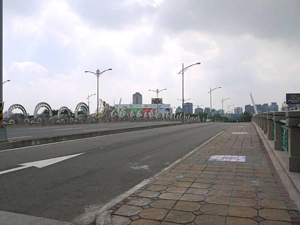 台12線&BRT (219).JPG