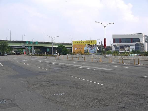 台12線&BRT (226).JPG