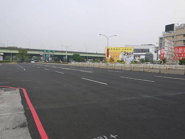 台12線&BRT (230).JPG