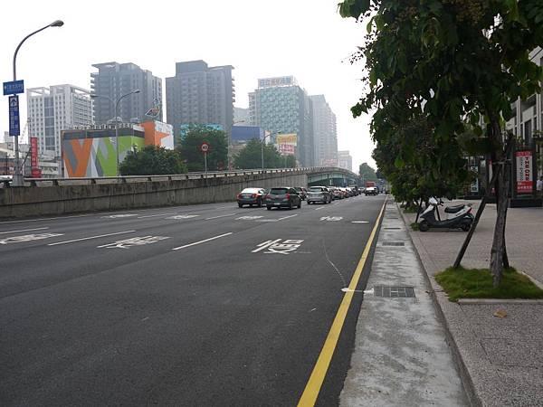 台12線&BRT (231).JPG