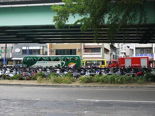 台12線&BRT (235).JPG