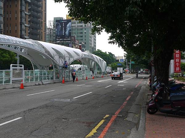 台12線&BRT (237).JPG