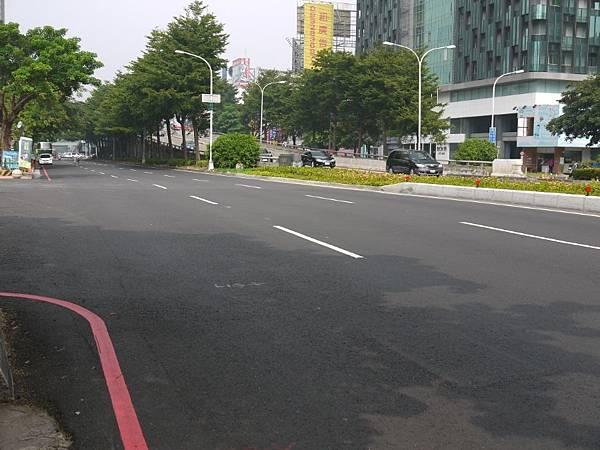 台12線&BRT (240).JPG