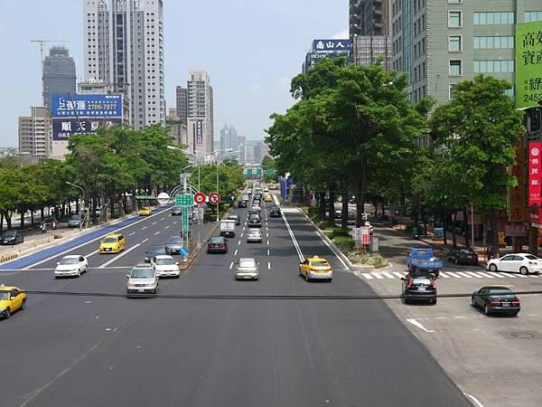 台12線&BRT (255).JPG
