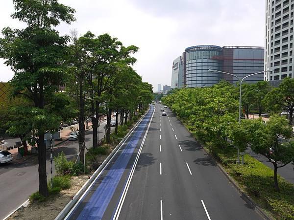 台12線&BRT (256).JPG