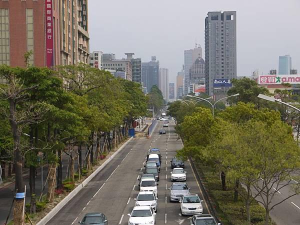 台12線&BRT (259).JPG