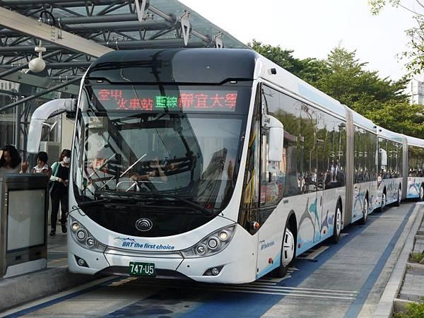 台12線&BRT (270).JPG