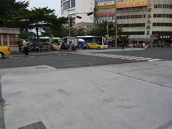 台12線&BRT (276).JPG