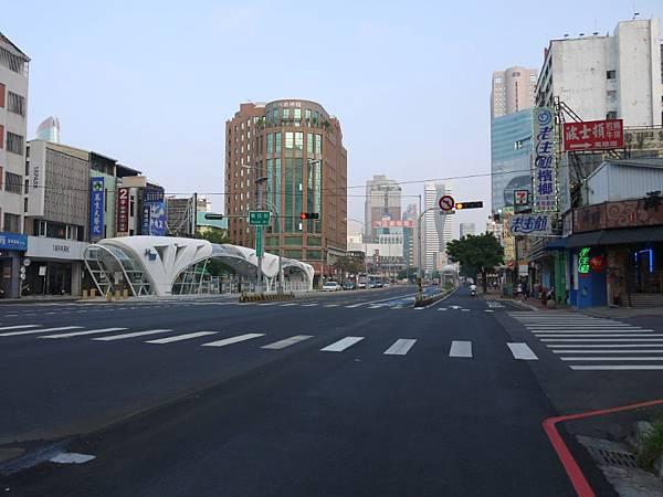 台12線&BRT (295).JPG