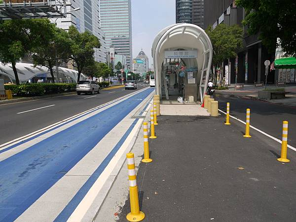 車站 (7).JPG