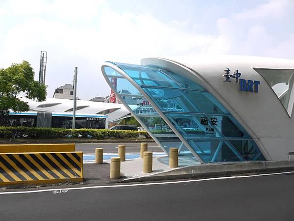 車站 (17).JPG
