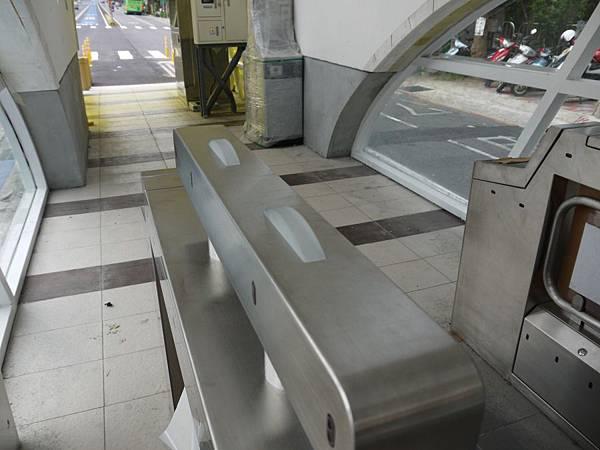 車站 (38).JPG