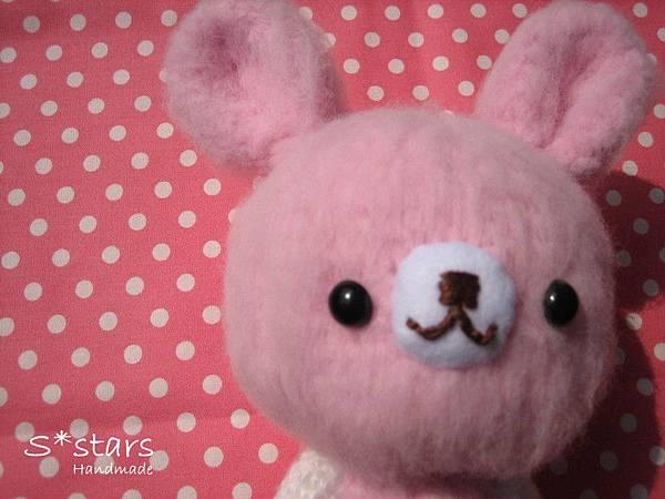 大頭柔柔粉兔寶寶2