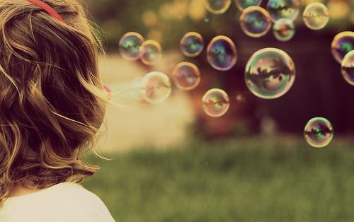 silence,fun,children,photography,seventyish,bubbles,solo-03e603cd5494f36cbe2f45956f943005_h_large