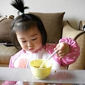 蓉7個月吃副食品