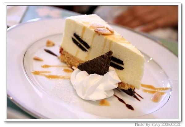 起士蛋糕,夾著ORIO