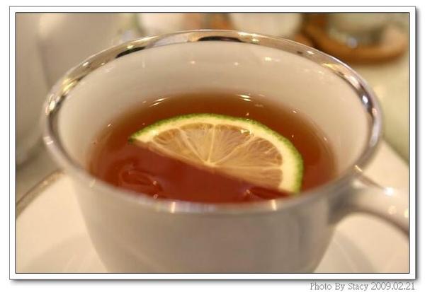 融合蜂蜜、香草和蜜桃的甜蜜新滋味