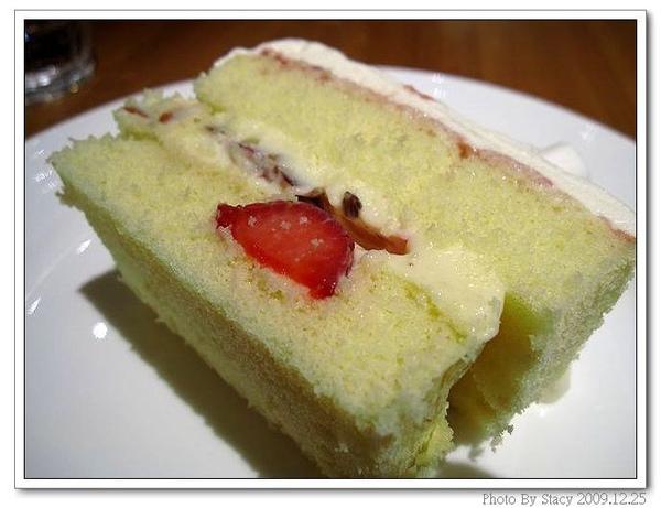 白色耶誕草莓鮮奶油蛋糕1.jpg