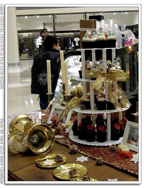 CLOUDY 蛋糕耶誕樹