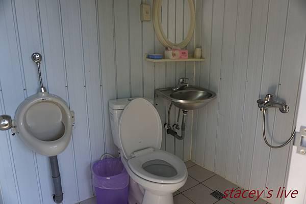 C區浴室.jpg