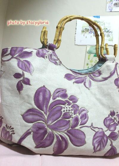1011005˙紫花澎澎包1