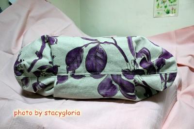 1011005˙紫花澎澎包4