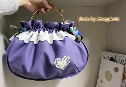 1020205˙紫口金手挽包1