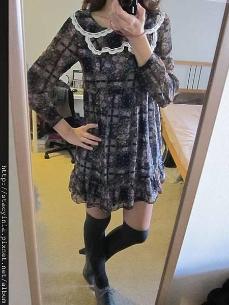 洋裝 17 韓牌 Pooky 蕾絲領x紫碎花綁帶雪紡洋裝 $800