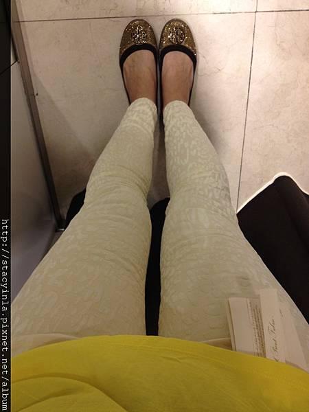 Zara 白白褲