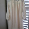 AS03 白色金點點洋裝, 售價 $1000