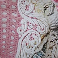 AS04 螢光粉白色刺繡羽毛圖騰彈性洋裝