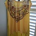 AS10 黃色假項鍊長T, 售價 $500