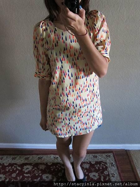 N3 彩色雨滴洋裝, 售價 $800