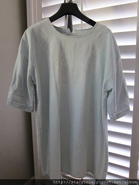 S1 刺繡輕薄牛仔洋裝, 售價 $800