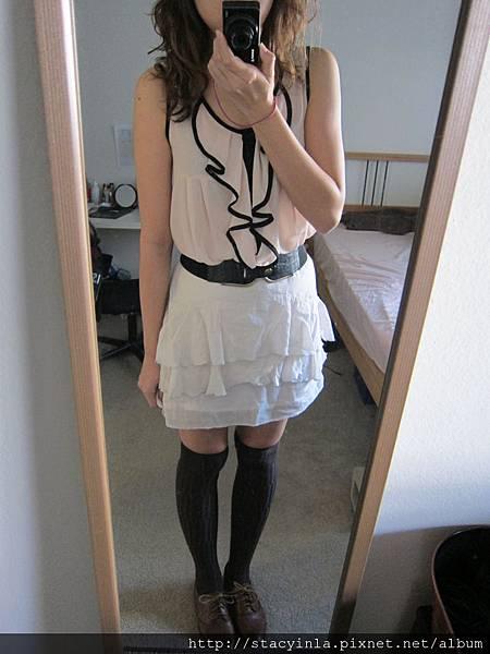 上衣 12 Baby粉荷葉邊雪紡罩衫 $800 (2).JPG