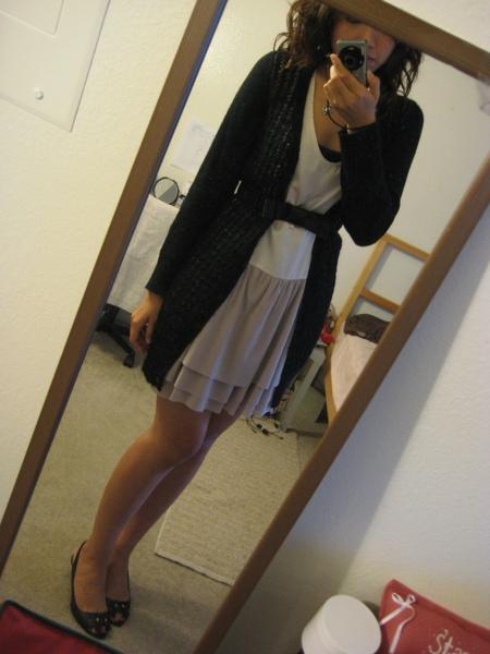 鍛面蕾絲洋裝 2.JPG
