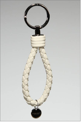 Bottefa Veneta Braided Key Ring in Gray.png
