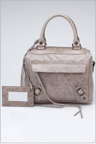 Classic Metro Bag in Gray Front.png