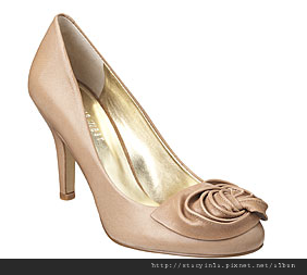 Nine West $47.5 - 1.png