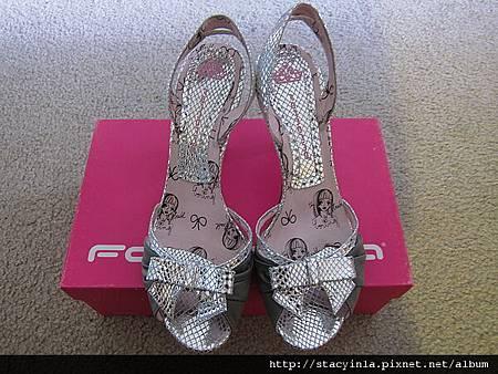 鞋子 1 Fornarina 銀蔥魚口涼鞋 $800 (1)