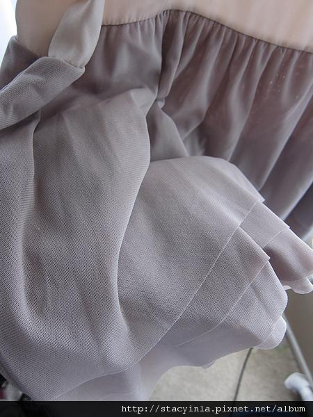 洋裝 7 daisy 嫩粉異材質拼接綁帶背心洋裝 $800 (2).JPG